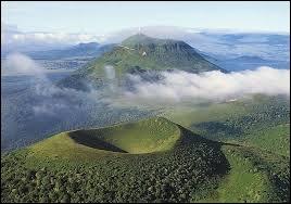 [Paysages] Les volcans d'Auvergne peuvent-ils revenir en activité ?