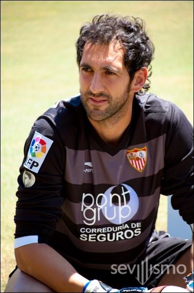 Quel est ce gardin de but international espagnol ?