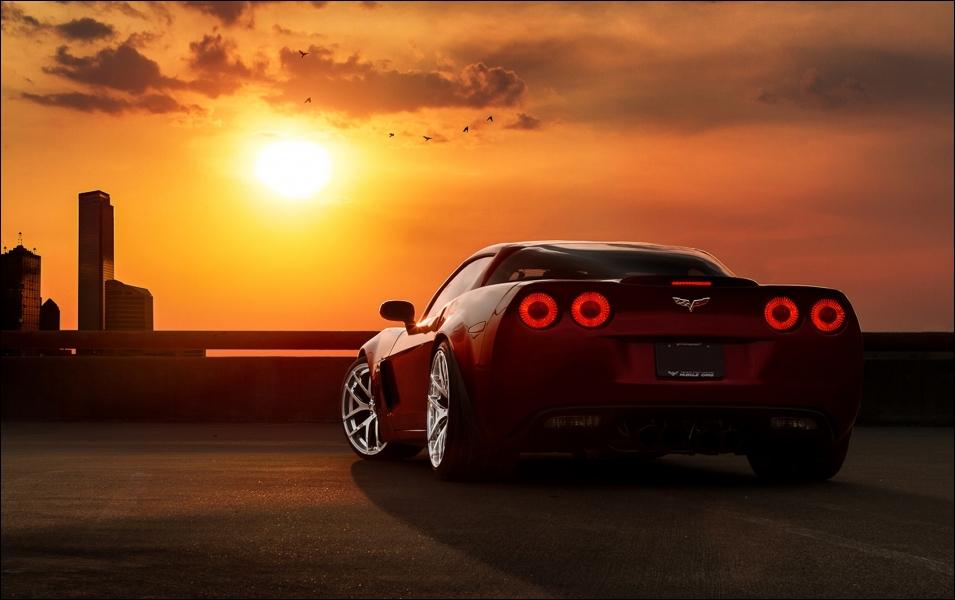 Si vous décidiez un jour d'aller jusqu'au Soleil en voiture, cela vous prendrait...