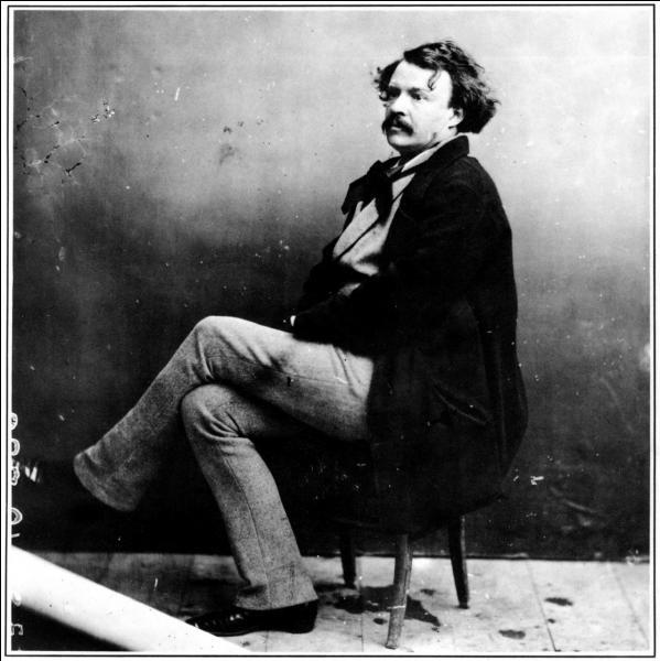 Lettre suivante, le « N » ! Pionnier du 7e Art, voici son vrai nom, Gaspard-Félix Tournachon ! Il « shoota » des gens comme Victor Hugo, Jules Verne, Hector Berlioz, Sarah Bernhardt !