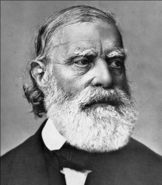 Oublions la lettre « Q » et passons à la lettre « R » ! Il fut l'un des grands promoteurs de l'hygiène et de l'antisepsie , et il fut un des grands promoteurs de la République !