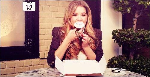 Enfin, que n'arrive-t-il pas à Hanna lors du dernier épisode de la saison 3, parmi ces propositions ?