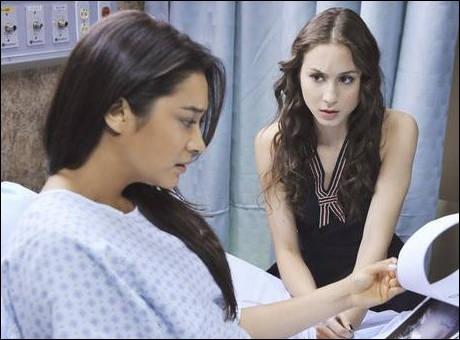 Emily atterrit à l'hôpital au cours de la saison 2. Pour quelle raison ?
