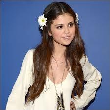 Selon ce que vous en connaissez, Selena Gomez est-elle styliste ?