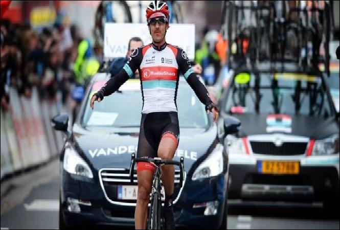 Tom Boonen a remporté cette course à 5 reprises. En 2013, c'est le Suisse Fabian Cancellara qui s'est imposé (photo). Quelle classique est une bonne préparation pour le Tour des Flandres ?