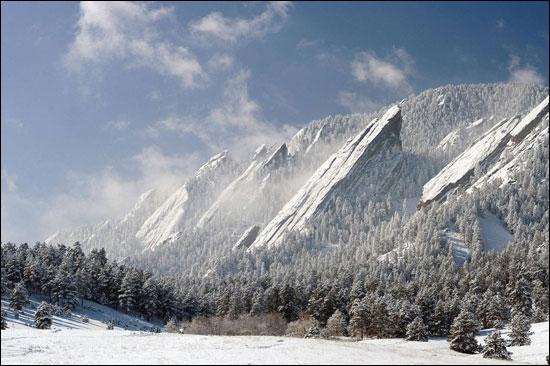 Prenez l'avion pour les Etats-Unis et rejoignez le comté de Boulder, là vous pourrez y admirer ces formations rocheuses, les Flatirons !