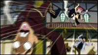Qui Natsu frappe-t-il pour lui avoir donné de fausses informations concernant Salamander lorsqu'il revient à Fairy Tail ?
