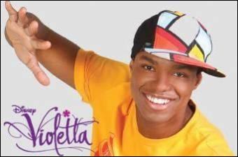 Comment s'appelle le brésilien qui était amoureux de Violetta mais qui maintenant sort avec Camilla ?