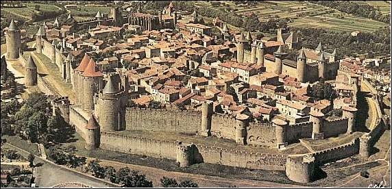 Quizz monuments de france quiz monuments - Construire une cite medievale ...