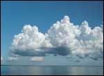 Que sont ces nuages bourgeonnants qui sont situés à 2 km d'altitude ?