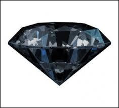 Cette pierre est-elle un diamant noir ?