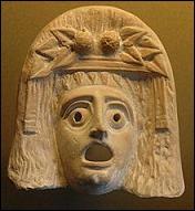 Dans le monde grec, entre le VIe et le IVe siècles avant J. -C., on assiste à un début de désacralisation de l'art. Dans quels domaines, des chefs-d'œuvre sont-ils produits ?