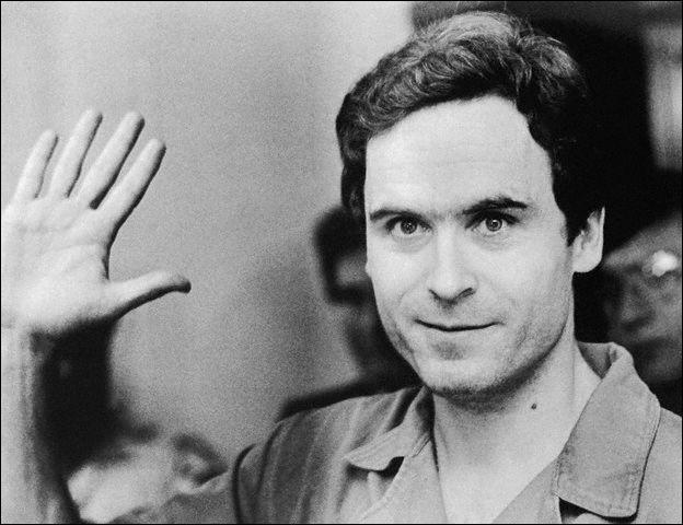 Il se traitait «de sociopathe sadique qui prenait plaisir dans la douleur d'autres êtres humains…» ! Il a kidnappé, violé, assassiné 30 femmes. On le surnommait « lady killer » !