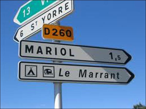 Cette commune fait partie de l'aire urbaine de Vichy, où il fut un temps où l'on riait moins qu'aujourd'hui. Comble de l'ironie, dans quel département se trouve Vichy ?