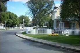 [QCM] Qui fait son arrivée ou son retour dans Wisteria Lane ?