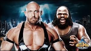 Qui se fait appeler l'homme le plus fort du monde après le match entre Mark Henry vs Ryback ?