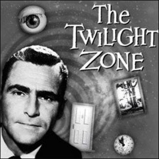 Quel est le titre français de la série fantastique/SF, The Twilight Zone ?
