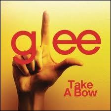 Episode 2 : Qui chante  Take A Bow  ?