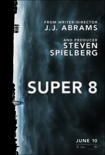 Dans Super 8, la bande de copain tournant un film assiste...