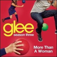 Episode 16 : Qui chante  More Than A Woman  ?