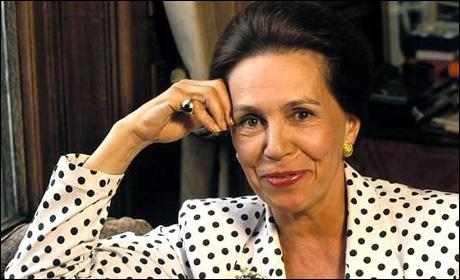 Son nom me fait toujours penser au refrain d'une chanson de Brassens avec un personnage velu. Conseillère de Pompidou et Chirac, elle s'est présentée à la présidentielle de 1981. Qui est-elle ?