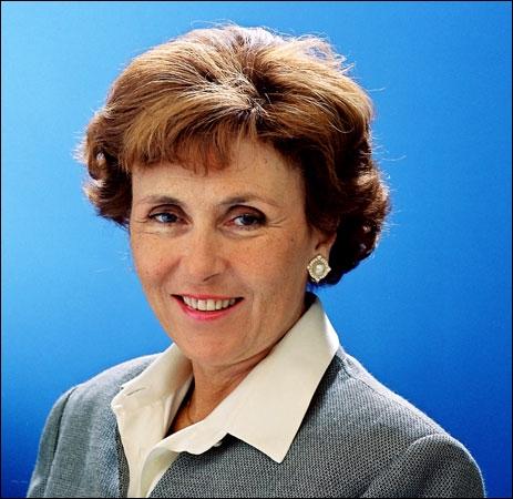 Cette femme est pour le moment la seule à avoir occupé le poste de premier ministre en France, et je ne vous raconte pas de salades. Qui est-elle ?