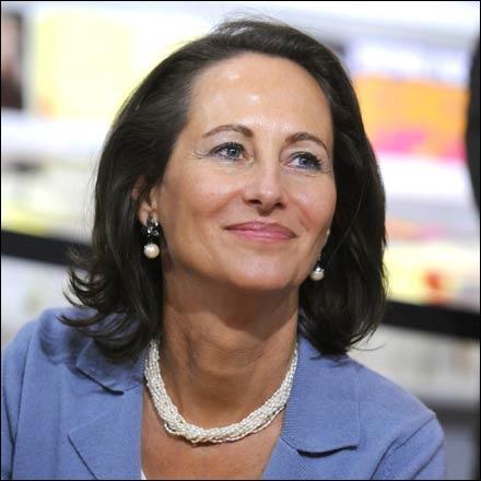 Malgré son nom monarchique, elle défendit une politique de gauche aux élections présidentielles de 2007. Qui est-elle ?