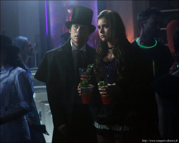 Dans quel épisode de la saison 4 Damon et Elena vont-ils à cette fête ?