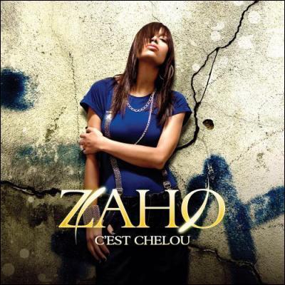 """""""C'est chelou"""" de Zaho. Je n'apprécie pas le fait, qu'elle vienne chez moi quand je ne suis pas là, qu'elle plonge dans mes draps, vêtue de..."""
