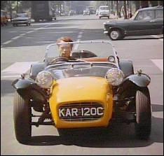 Typique des voitures anglaises, on la voit dans :
