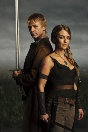 A la fin de la saison 4, comment Arthur et Guenièvre s'aperçoivent-ils qu'ils s'aiment ?