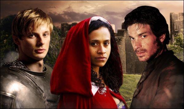 Quel est le premier homme que Guenièvre a embrassé dans la série  Merlin  ?