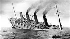 En quelle année le Britannic (paquebot britannique) a-t-il subi un naufrage ?