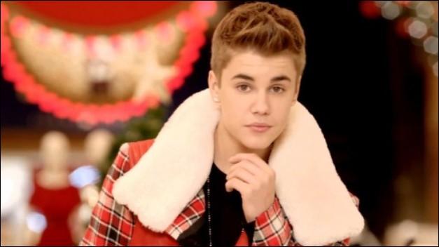 Le clip de  Baby  détient le record du monde du clip le plus vu sur YouTube. Combien de fois a-t-il été vu à ce jour (novembre 2012) ?