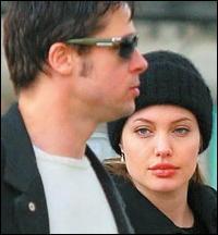 Angelina Jolie est entrée dans l'humanitaire après avoir été confrontée à la réalité non-américaine au Cambodge, où elle tournait Lara Croft. Quel titre de l'ONU a-t-elle obtenu ?
