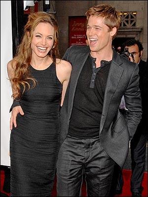 On sait que son compagnon actuel, pour lequel elle a divorcé de son second mari, est Brad Pitt. Ils se sont rencontrés sur le plateau de Mr et Mrs Smith. Pourtant... ?