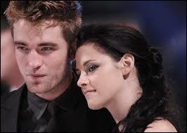 Dans Twilight 1, qui n'est pas contente de la venue de Bella chez eux ?