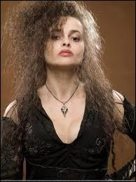 Bellatrix Lestrange est morte, elle aussi, le 2 mai 1998, dans la grande bataille de Poudlard. Par qui a-t-elle été tuée ?