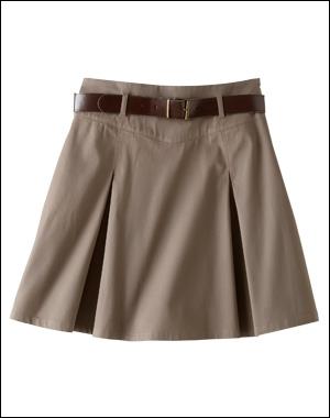 Une jupe correspond plus à un garçon ou à une fille :