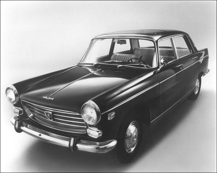 Et cette voiture des années 1960 ?