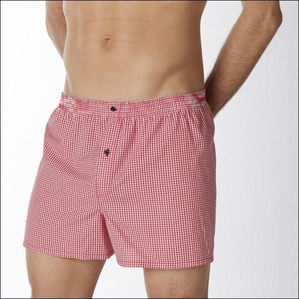 Un sous-vêtement masculin dont Carlos Rim a dit :  Il est au vaudeville ce que la toge est à la tragédie.   Quel est son nom ?