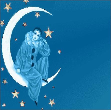 Au clair de la lune, mon ami Pierrot... . . Mais de qui est amoureux Pierrot dans la  Commedia dell'arte  ?
