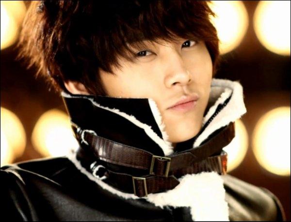 Quel est l'ancien nom de scène de Jun Hyun ? [B2ST]