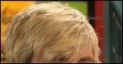 (Austin & Ally) Je suis un garçon, je suis blond. Mais qui suis-je ?