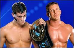 Cody Rhodes vs. Ted DiBiase, qui gagne ?