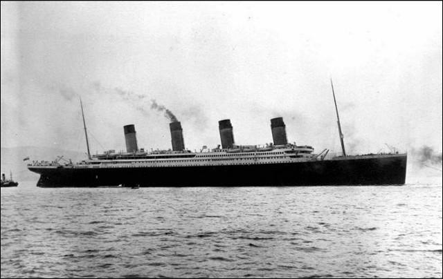Pour son film  Titanic , James Cameron ne voulait pas de chanson, cette chanteuse l'enregistra donc en cachette, une fois mis devant le fait accompli, il ne put résister à la voix de ...