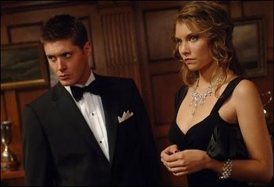 Dans l'épisode  Le Vaisseau fantôme , Dean ne semble pas connaître la Main de la Gloire. En revanche, il connaît très bien :