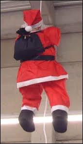 Comment s'appelle la peur des pères Noël ?