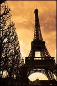 En 1889, lors de son inauguration la tour Eiffel comptait au total de ses trois étages :