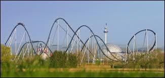 Le Silver Star (Europa Park) est le plus haut coaster d'Europe.